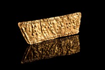 Roman Gold Sheet, c. 1st-2nd century AD (5,7cm, 1.22g). Pelleted inscription MVNT (?) within a beaded border. Bent.
