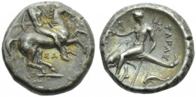 Apulia, Tarentum, Nomos, c. 332-302 BC; AR (g 7,81; mm 20; h 7); Horseman galloping r., holding shield and spears; below, ΣA, Rv. TAPAΣ, oecist riding...