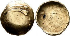 CELTIC, Central Europe. Vindelici. 1st century BC. 1/4 Stater (Gold, 14 mm, 1.81 g), 'glatte Schüssel' type. Convex surface with two irregular lines n...