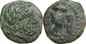 Greek Italy. Northern Lucania, Velia. AE 13 mm, 4th-2nd century BC. D/ Head of Zeus right, laureate. R/ Owl standing facing, wings open. HN Italy 1327...