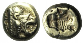 Lesbos, Mytilene, c. 521-478 BC. EL Hekte (10mm, 2.51g, 3h). Head of roaring lion r. R/ Incuse head of calf r., within rectangular punch. Bodenstedt 1...