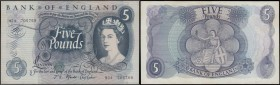 Five Pounds Fforde 1967 portrait issue B313 Replacement series M24 705769 GEF with some minor dirt however a rather scarce piece