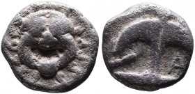 Thrace, Apollonia Pontica, late 5th-4th centuries. Facing gorgoneion; Anchor upright, to the left crayfish, to the right A. SNG Black Sea 153-156, 158...