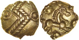 Finney's Thunderbolt. c.55-45 BC. Gold quarter stater. 12mm. 1.19g. Zigzag chevron thunderbolt or lightning flash with ringed-pellet on outside of eac...