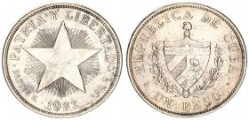 Cuba 1 Peso 1932 Averse: National arms within wreath denomination below. Reverse: Low relief star date below. Silver. KM 15.2