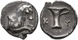 AEOLIS. Kyme. 4th century BC. Obol (Silver, 10 mm, 0.88 g, 8 h). Forepart of horse to right. Rev. K-Y Single-handed jar. Klein -. SNG Copenhagen -. SN...