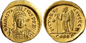 Anastasius I, 491-518. Solidus (Gold, 20 mm, 4.50 g, 7 h), Constantinopolis, circa 507-518. D N ANASTASIVS P P AVG Pearl-diademed, helmeted and cuiras...