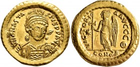 Anastasius I, 491-518. Solidus (Gold, 21 mm, 4.52 g, 7 h), Constantinopolis, circa 507-518. D N ANASTASIVS P P AVG Pearl-diademed, helmeted and cuiras...