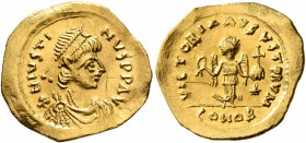 Justin I, 518-527. Tremissis (Gold, 15 mm, 1.43 g, 7 h), Constantinopolis. D N IVSTINVS P P AVI Diademed, draped and cuirassed bust of Justin to right...