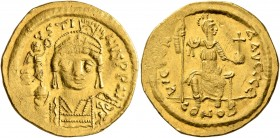Justin II, 565-578. Solidus (Gold, 20 mm, 4.41 g, 7 h), Constantinopolis, 566/7-578. D N IVSTINVS P P AVI Helmeted and cuirassed bust of Justin II fac...