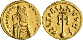 Constans II, 641-668. Semissis (Gold, 17 mm, 2.19 g, 7 h), Constantinopolis. δ N CONSTATNЧS P P I Diademed, draped and cuirassed bust of Constans II t...