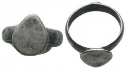Byzantine Empire, c. 8th-12th century. Silver ring with raised teardrop-shaped bezel   Condition: Very Fine  Weight: 4.00 gr Diameter: 20 mm