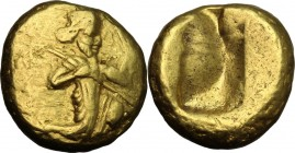 Greek Asia. Persia, Achaemenid Empire. Darios I to Xerxes II (c. 485-420 BC.). AV Daric. Lydio-Milesian standard. Sardes mint. D/ Persian king or hero...