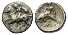 Southern Apulia, Tarentum, Nomos, ca. 380-375/0 BC. AR (g 7,71; mm 20; h 9). Nude warrior, holding shield, on horse galloping l.; Π below; Rv. TAPAΣ, ...