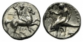 Southern Apulia, Tarentum, Nomos, ca. 332-302 BC. AR (g 6,23; mm 19; h 6). Horseman riding r., holding two spears and shield, preparing to cast third ...