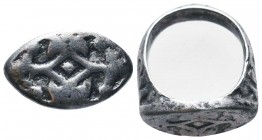 Byzantine/Crusader, c. 9th-13th century AD. Beautiful Silver Seal Ring,  Condition: Very Fine  Weight: 10.00 gr Diameter: 23 mm