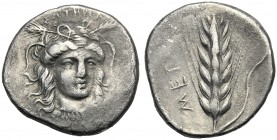 Lucania, Nomos, Metapontion, c. 400-340 BC AR (g 7,46 mm 22 h 9) Facing head of Demeter, slightly r., wearing wreath of grain and necklace with pendan...