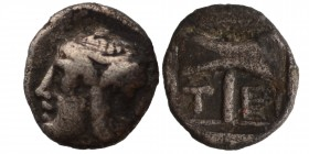 Islands off Troas, Tenedos AR Obol. Circa 5th Century BC. 