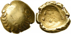 CELTIC, Central Europe. Vindelici. 1st century BC. Stater (Gold, 17 mm, 7.59 g), 'Leerer Blattkranz' type. Wreath formed of two branches with eight le...