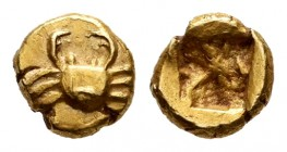 Islands of Caria. Kos. 1/48 stater. 625-600 a.C. Anv.: Crab. Rev.: Incuse square. El. 0,34 g. Very well-centered struck. XF. Est...300,00. /// SPANISH...