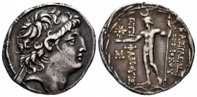 Seleukid Kingdom. Antiochos VIII. Tetradrachm. 121-113 BC. Ptolemais-Ake. (HGC 9, 1196g). Anv.: Diademed head of Antiochos to right. Rev.: BAΣIΛEΩΣ AN...