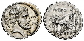 Vettius. T. Vettius Sabinus. Denarius. 70 BC. Uncertain mint. (Ffc-1185). (Craw-404/1). (Cal-1343). Anv.: Bearded head of Tatius right, TA., (monogram...