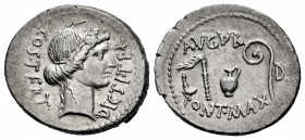 Julius Caesar. Denarius. 46 BC. Africa. (Ffc-3). (Craw-467/1a). (Cal-649). Anv.: COS. TERT. DICT. ITER., head of Ceres right. Rev.: AVGVR. above simpu...
