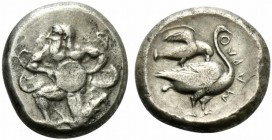 Cilicia, Mallos, Stater, ca. 440-390 BC; AR (g 10,92; mm 20; h 9); Bearded male god (Kronos or Semitic deity El), with four wings, in the running-knee...