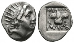 ISLAND OF CARIA, Rhodes. Drachm. (Ar. 2.26g \/ 16mm). 88-84 BC Anv: Bust radiated to the right of Helio. Rev: Rosa between PO, above Greek legend. (HG...