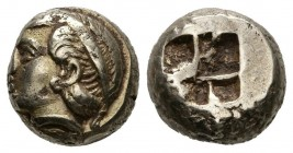 IONIA, Phocea. 1\/6 Stater. (El. 2.53g \/ 10mm). 478-387 BC Anv: Female head to the left. Rev: Quadripartite square even. (SNG von Aulock 2126). VF.