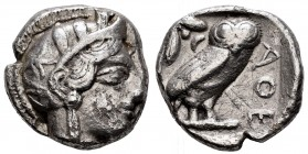 Attica. Athens. Tetradrachm. 440-404 BC. (Gc-2526). (Sng Cop-31). Anv.: Head of Athena right, wearing crested Attic helmet ornamented with three olive...