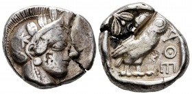 Attica. Athens. Tetradrachm. 454-404 BC. (Sng Cop-31). (Dewing-1591-8). (Kroll-8). Anv.: Head of Athena right, wearing crested Attic helmet ornamented...