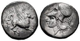 Akarnania. Leukas. Stater. 320-280 BC. (Calciati, Pegasi-96). (Hgc-4). Anv.: Pegasos flying to the right, below Λ. Rev.: Head of Athena with helmet on...