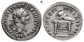 Domitian, Sezar AD 69-81 olarak.  Titus'un altında çarptı, MS 80-81.  Roma.  Denarius AR