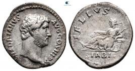 Hadrian MS 117-138.  Roma.  Denarius AR