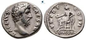 Aelius, Sezar AD 136-138 olarak.  MS 137'ye çarptı. Roma.  Denarius AR