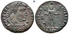 Vetranio AD 350. Roma.  Follis Æ
