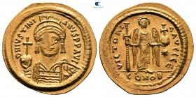 Justinianus AD 527-565.  İstanbul.  5. ofis.  Solidus AV