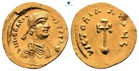 Herakleios AD 610-641.  İstanbul.  Semissis AV