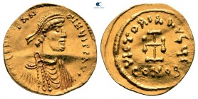 Constans II AD 641-668.  İstanbul.  Tremissis AV