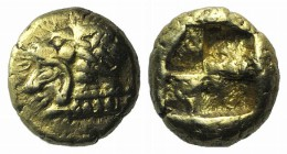 Ionia, Erythrai, c. 550-500 BC. EL Hekte (9mm, 2.60g). Head of Herakles l., wearing lion skin. R/ Quadripartite incuse square. SNG Kayhan 737–8; SNG v...