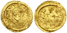 Byzantine Empire 1 Solidus Justin I (518-527). Averse: Helmeted and cuirassed bust facing three-quarters to right; holding spear over shoulder and shi...