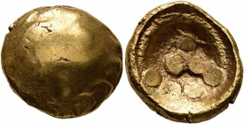 CELTIC, Central Europe. Vindelici. 1st century BC. Stater (Gold, 17 mm, 7.38 g), 'Regenbogenschüsselchen'. Head of an eagle (?) to left; pellet above ...