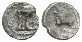 Bruttium, Kroton, c. 430-420 BC. AR Diobol (8mm, 0.60g, 1h). Tripod. R/ Hare springing l.; annulet above and below. HNItaly 2133 var. (hare l.); SNG A...