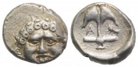 Thrace, Apollonia Pontika, late 5th-4th centuries BC. AR Drachm (13.5mm, 2.89g, 3h). Facing gorgoneion. R/ Anchor; A to l., crayfish to r. SNG BM Blac...