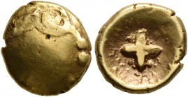 CELTIC, Central Europe. Vindelici. 1st century BC. 1/4 Stater (Gold, 10 mm, 1.89 g), 'Regenbogenschüsselchen', 'Stern' type. Male head with a lar...