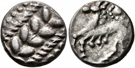 CELTIC, Central Europe. Boii. 1st century BC. Drachm (Silver, 13 mm, 2.27 g), 'Simmering-Réte' type. Laurel wreath pattern. Rev. Horse prancing t...