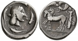 Sicily. Syracuse, Deinomenid Tyranny, 485/4 BC. AR Tetradrachm.(17 g, 26.74 mm)
