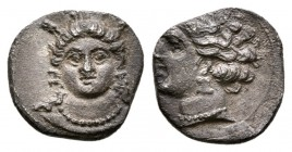 Cilicia, Uncertain mint. 4th century BC. AR Obol.(0.8g 9.4mm) 