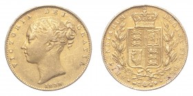 GREAT BRITAIN. Victoria, 1837-1901. Gold Sovereign 1838, London. Shield. 7.99 g. S-3852. About very fine.